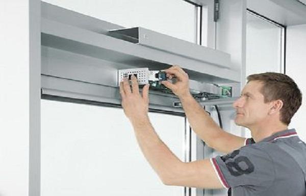 تعمیرات انواع درب اتوماتیک